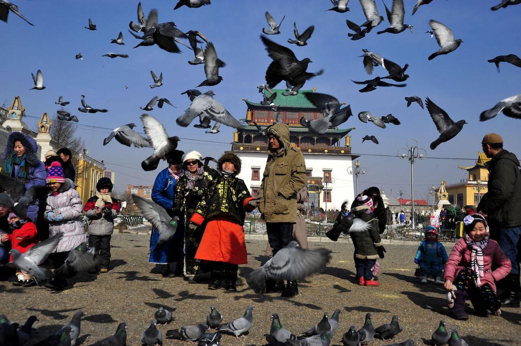 Villes des steppes. Politique urbaine et tolérance religieuse dans l'empire mongol (XIIIe-XIVe s.)